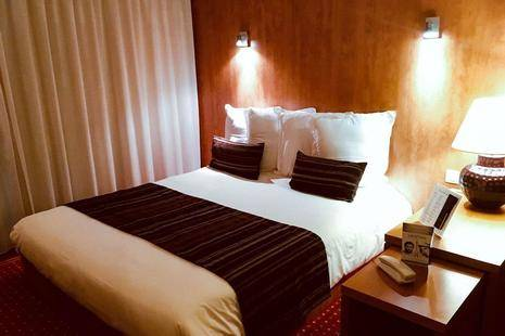 Quality Suites Bordeaux Airport Hotel & Spa