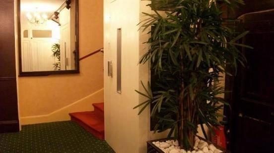 Hotel De L'Univers