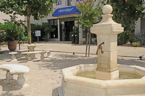 Kyriad Avignon Courtine Gare