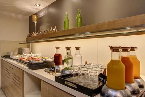 Fourside Hotel & Suites Vienna