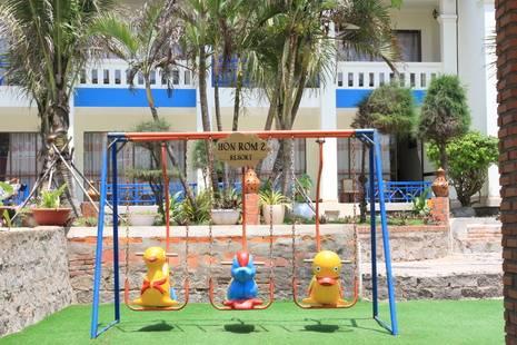 Hon Rom 2 Resort