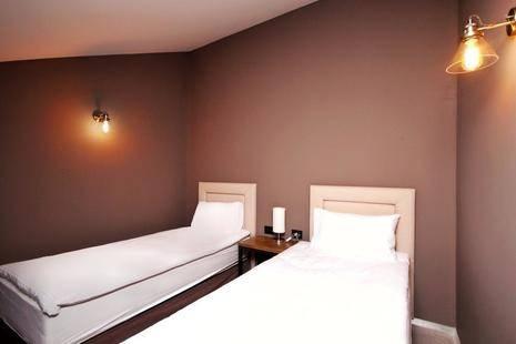 Teghenis Hotel