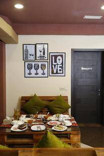 Tomus Hotel