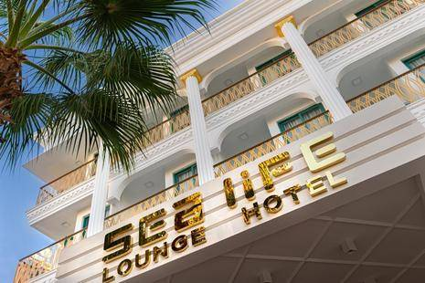 Sea Life Lounge Hotel (Adult Only 18+)