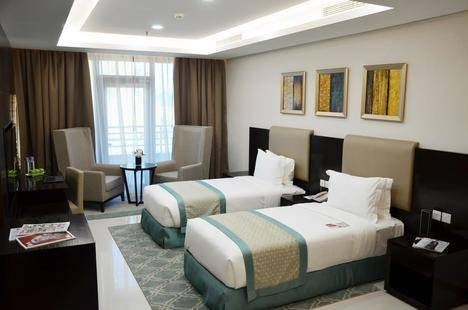 Ramada Hotel And Suites Amwaj Islands
