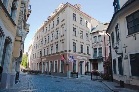 Justus Hotel