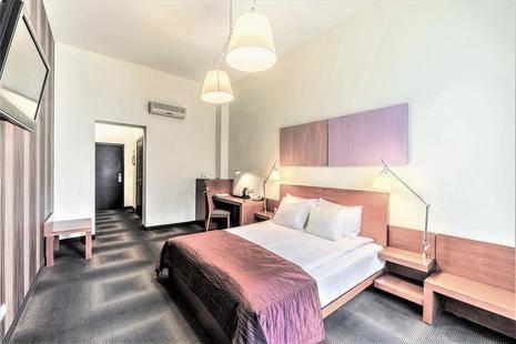 Rixwell Centra Hotel