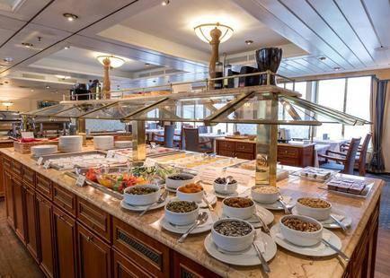 Onriver Hotels - Ms Cezanne