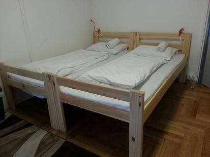 Walking Bed Budapest Hostel