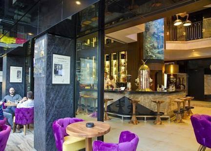 Hugos Boutique Hotel