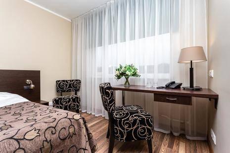 Dzingel Hotel