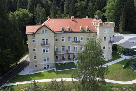 Sofijin Dvor