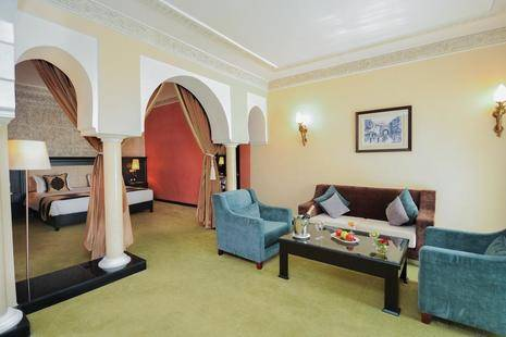 Riad Ennakhil And Spa
