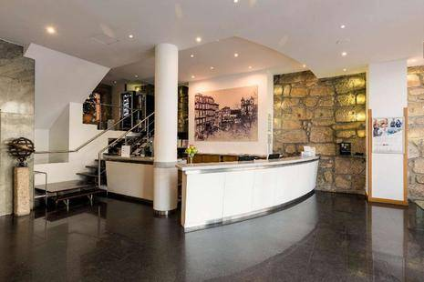 Legendary Porto Hotel (Ex. Quality Inn Porto)