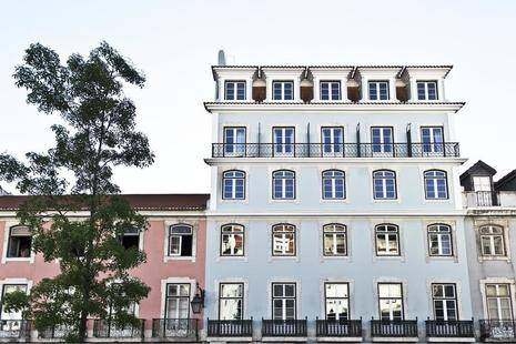 Esqina Cosmopolitan Lodge