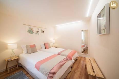 Lis Apartments
