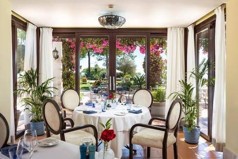 Pine Cliffs Garden Suites