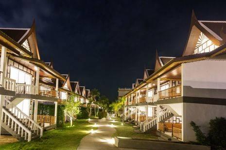 Floral Hotel Aura Samui Best Beach Hotel