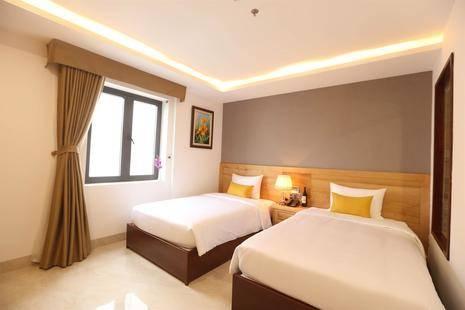 Sunny Ocean Hotel