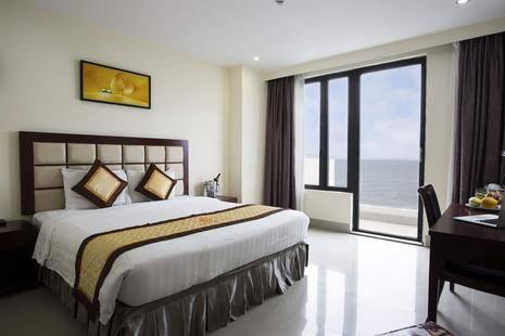 Seafront Hotel Danang