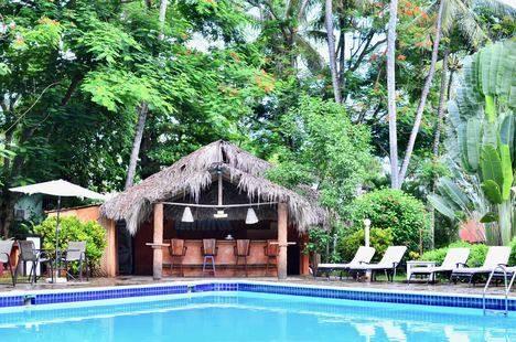 Residencia Del Paseo Hotel