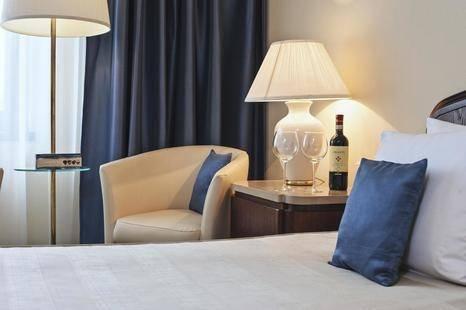 Crown Piast Hotel & Park