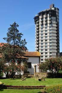 Dom Henrique - Downtown