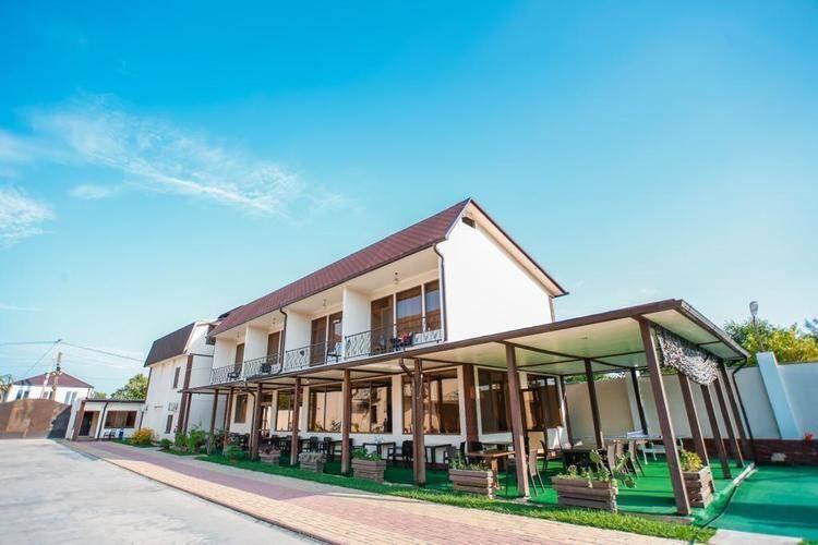 Akua Resort (Акуа Резорт)