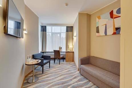 Репино Cronwell Park Hotel