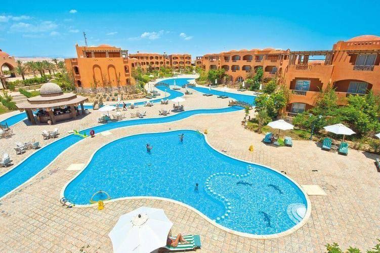 Dream Lagoon & Aqua Park Resort